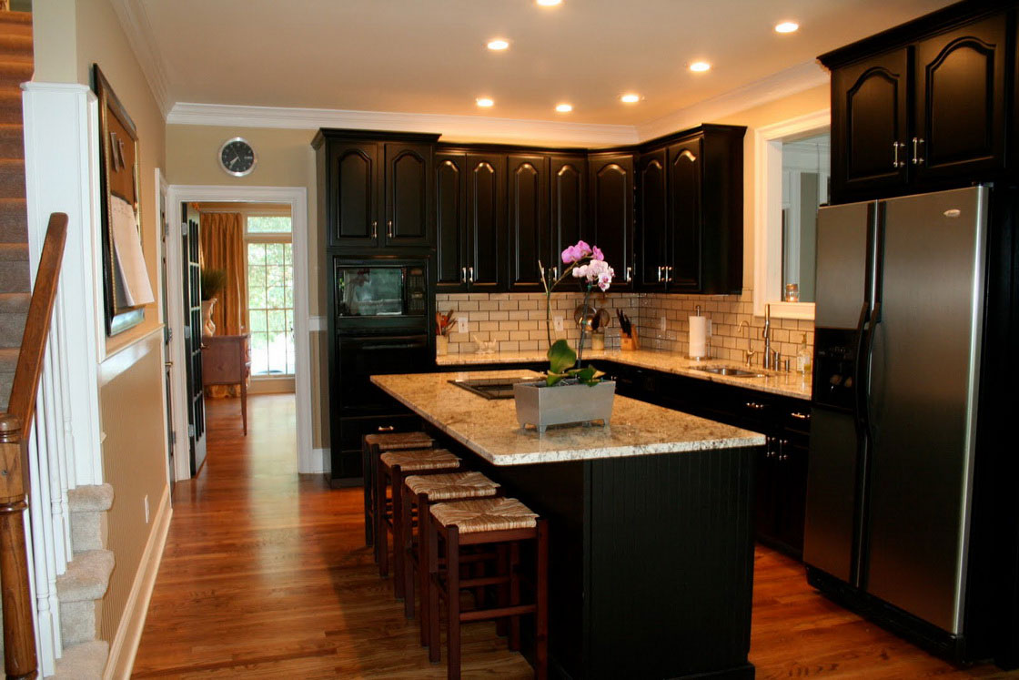 Kitchen remodeling contractor cabinets counters flooring for Black kitchen cabinets with dark floors