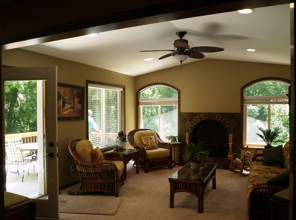 Room additions remodeling and residential construction for Family room addition pictures